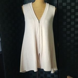 Super Cute & Soft Cable & Gauge Vest
